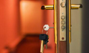 Çelik Kapı Anahtar